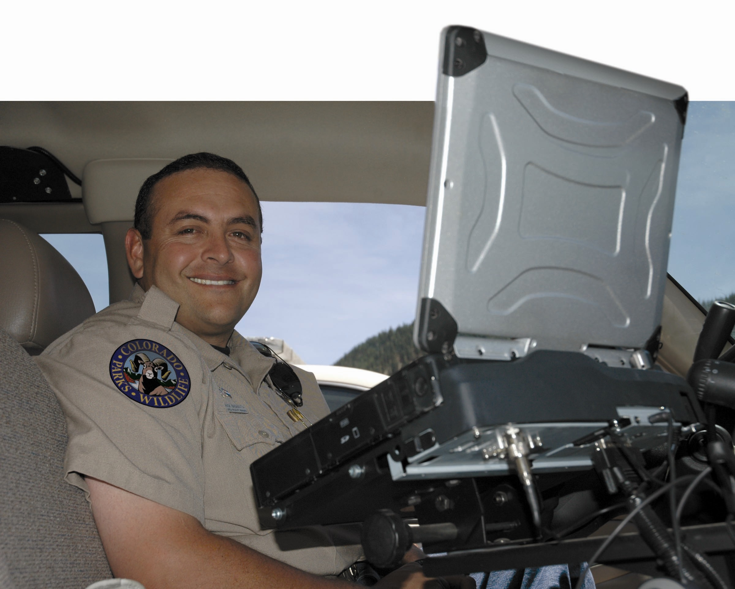 how to become a game warden in colorado